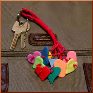 Basteln Für Den Muttertag   Bastelidee: Schlüsselanhänger Mit Herzen Basteln